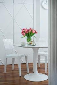 roby-baldan-bringing-outdoors-in-fresh-flowers